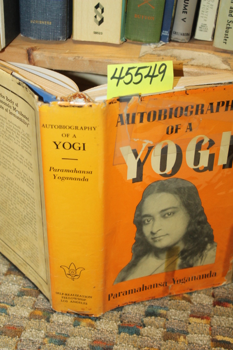 Yogananda, Paramahansa: Autobiography Of A Yogi GOOD DUSTJACKET